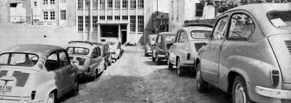 L'arribada en cotxes a l'empresa